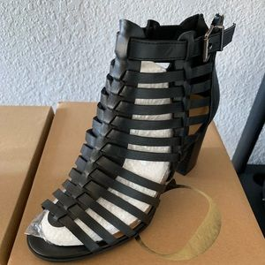 Charlotte Russe, Size 9, New in Box